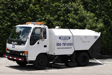 Sweeping Service in Fort Lauderdale & Surrounding Areas 2