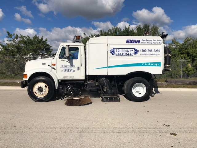 Sweeping Service in West Palm Beach & Surrounding Areas 5